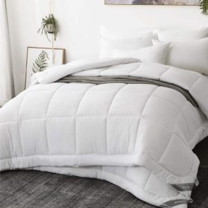 Bett 200x200 Günstig : bettdecke 200x200 cm g nstig kaufen matratzen ~ Watch28wear.com Haus und Dekorationen